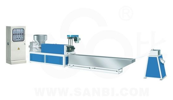 China Single Screw Extrusion Plastic Recycling Machine For HDPE LDPE Regeneration supplier