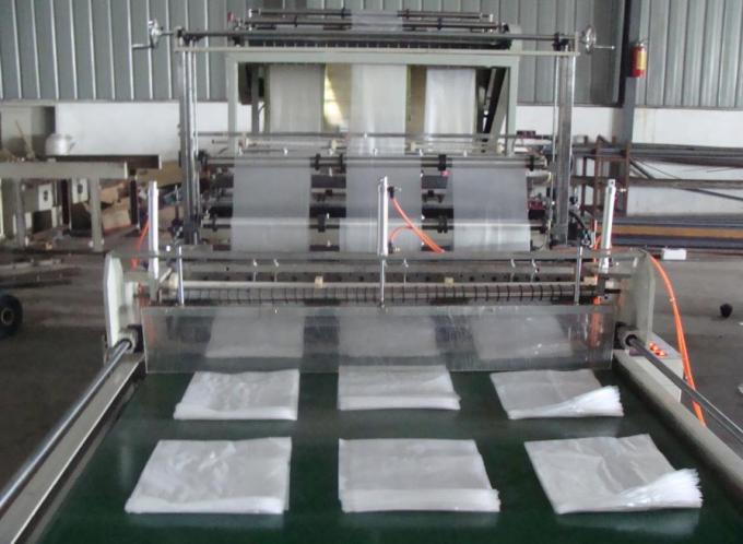 High Speed Plastic Bag Making Machine Six Lines Cold Cutting
