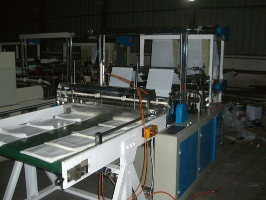 China High Speed four lines cold cutting bag making machine With SGS distributor